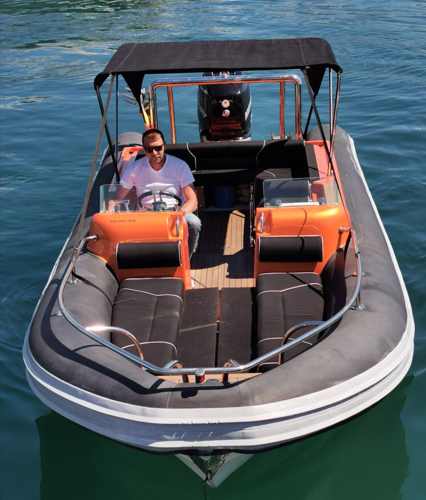 Rob X Self Drive Boat | Rent a Boat by Hour